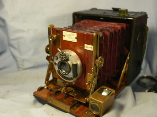 '         SANDERSON -NICE COMPLETE OUTFIT- ' Sanderson Hand Vintage Bellows Camera -RED BELLOWS-SIMILI LENS + DDS + CASE -NICE- £239.99
